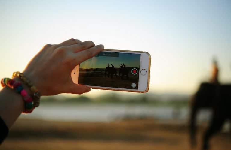 Come pubblicare un video sui social