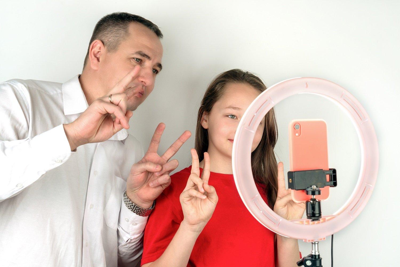 TikTok: tutta la famiglia sulla piattaforma