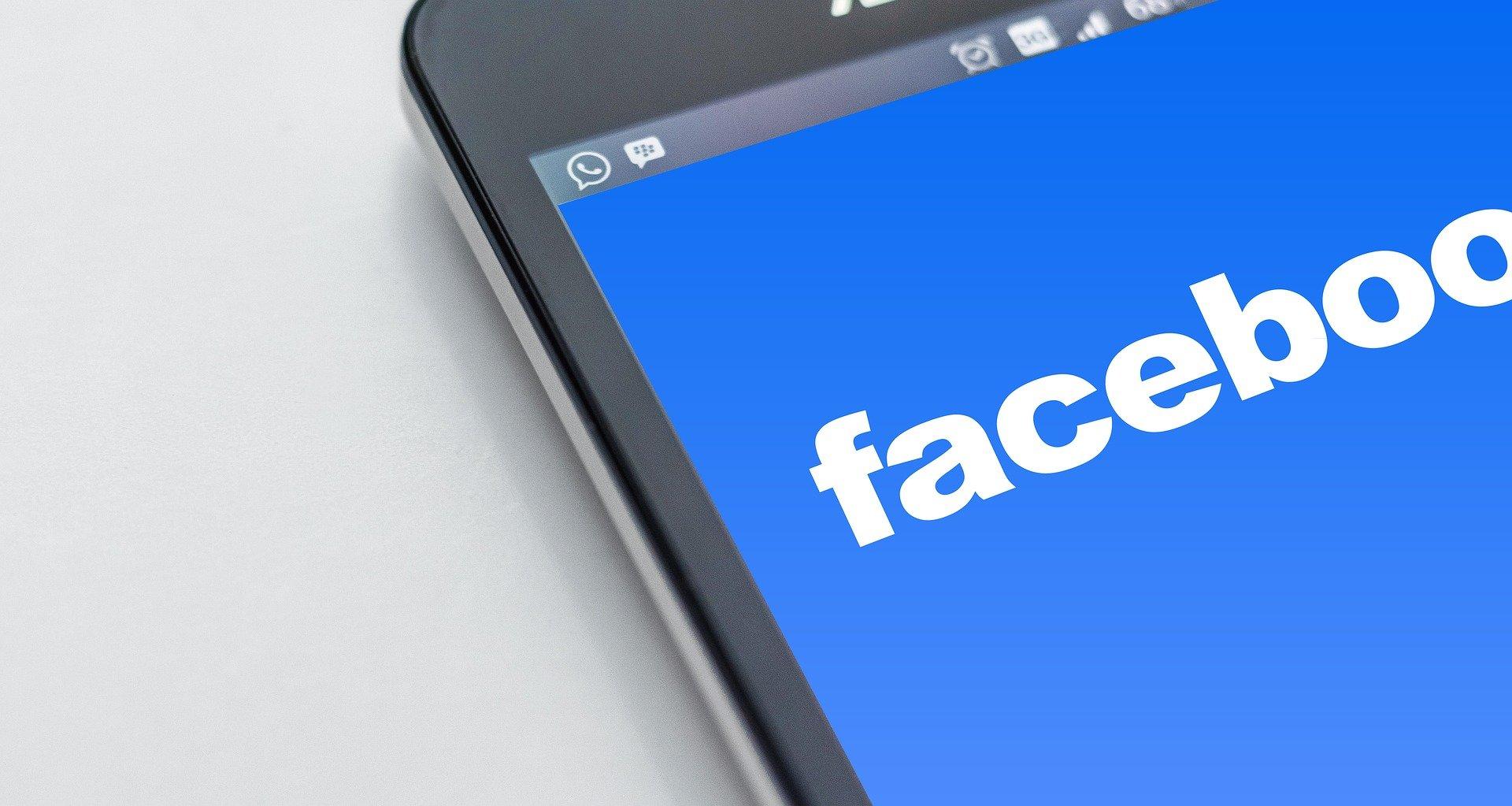 La libertà di manifestazione del pensiero e Facebook | Piano Social